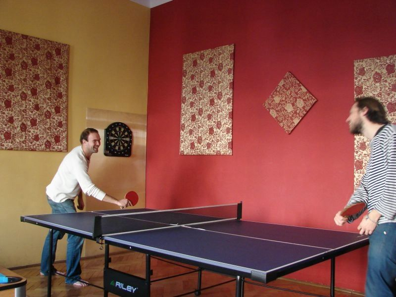hostel camera de jocuriping-pong