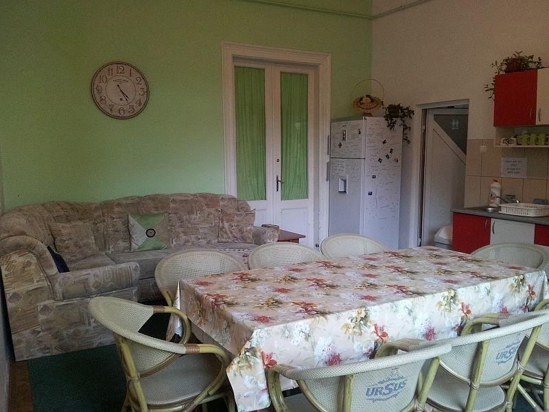 Hostel cluj sala de mese